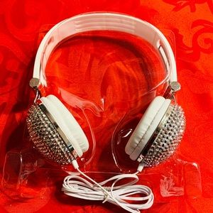 Headphones 🎧 A-Tech by Ardene (new)